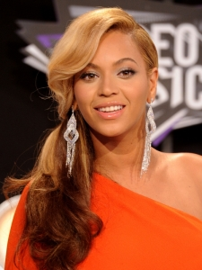 Beyonce's Hairstyle at the 2011 MTV VMAs