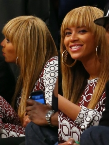 Beyonce's New Layered Hairstyle with Bangs