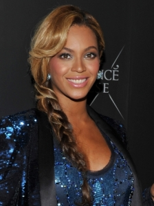 Beyonce Side Braid Hairstyle