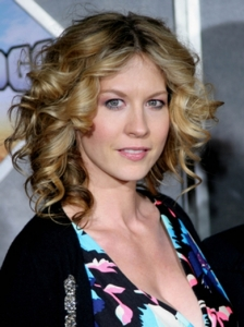 Jenna Elfman Bouncy Curls Hairstyle