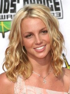 Britney Spears Medium Wavy Hairstyle