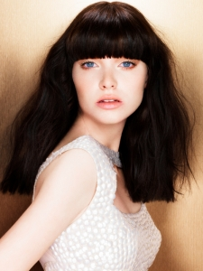 Chic Long Blunt Bangs Hair Style