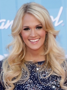 Carrie Underwood's Loose Curls
