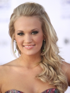 Carrie Underwood Pinned Back Hairstyle
