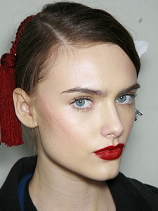 Gorgeous Red Lips Makeup