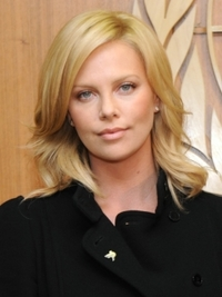 Charlize Theron with Pastel Blonde Hairstyle