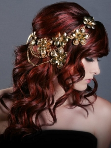 Loose Wavy Red Hair Style with Headband