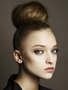 Chic Top Knot Hair Style