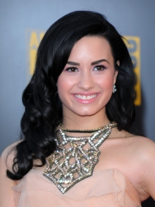Demi Lovato Hairstyle at the 2009 AMAs