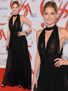 Doutzen Kroes in Sophie Theallet Black Gown