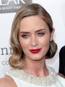 Emily Blunt's Hairstyle at 2013 Critics Choice Awards