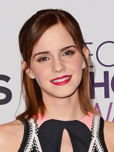 Emma Watson's Hairstyle at 2013 People's Choice Awards
