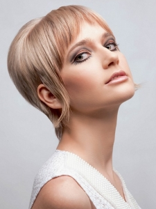Short Retro Haircut Idea
