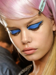 Graphic Cat Eyeliner with Bright Colors at Anna Sui