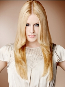 Flirty Long Blonde Layered Hair Style