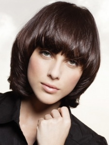 Chic Medium Tapered Hair Style