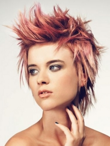 Chic Messy Layered Punk Haircut