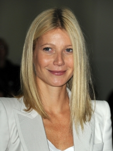 Gwyneth Paltrow Shoulder-Length Hairstyle