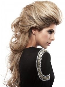 Super-Long Romantic Hair Style