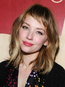 Haley Bennett Bob Hairstyle with Short Bangs