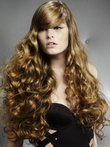 Super-Long Romantic Curly Hairstyle