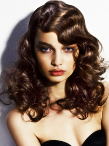 Voguish Loose Curly Long Hairstyle