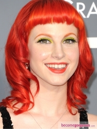 Hayley Williams Bright Green Eye Makeup