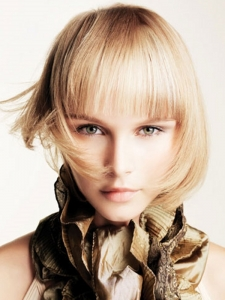 Chic Medium Bob Hair Style