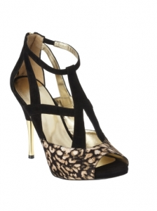 Nine West Hingisfo Sandals