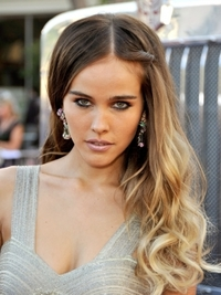 Isabel Lucas Hairstyles