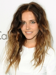 Isabel Lucas Bedhead Waves Hairstyle