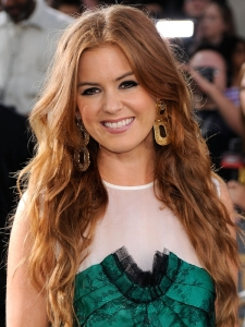 Isla Fisher Long Tousled Wavy Hairstyle