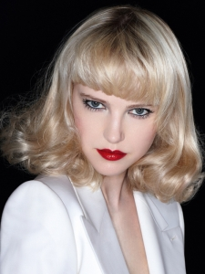 Retro Glam Medium Hairstyle