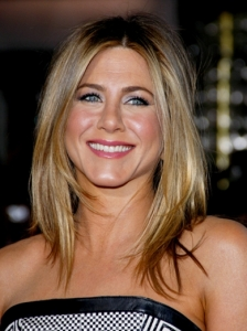 Jennifer Aniston's Swingy Hairstyle
