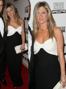 Jennifer Aniston in Valentino Silk Bow Gown