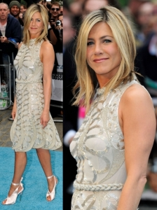 Jennifer Aniston in Valentino Couture Dress