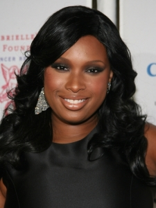 Jennifer Hudson Polished Curly Hairstyle