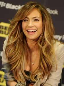 Jennifer Lopez Feathered Waves Hairstyle