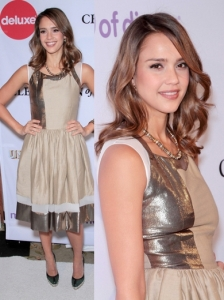 Jessica Alba in Thakoon Dress