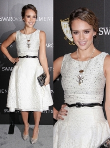 Jessica Alba in Carolina Herrera Ivory Dress