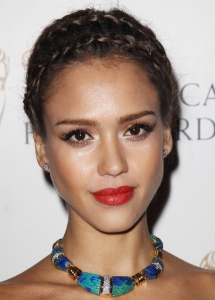 Jessica Alba Copper Eyeliner Makeup