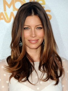 Jessica Biel Loose Wavy Hairstyle