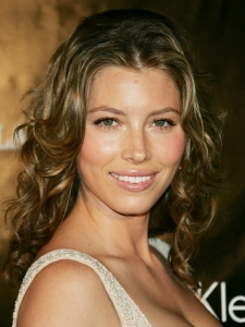 Jessica Biel with Curly Hairstyle