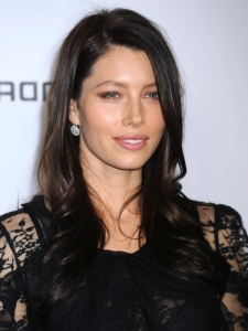Jessica Biel New Brunette Hair Color
