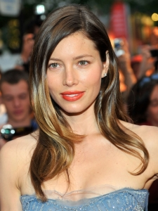 Jessica Biel Lush Glossy Hairstyle