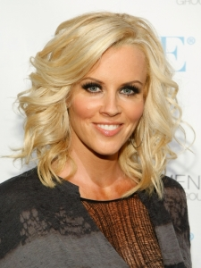 Jenny McCarthy Curly Bob Hairstyle