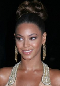 Beyonce's High Braided Bun