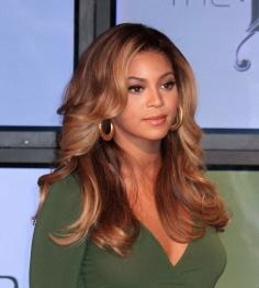 Beyonce's Fabulous Blonde Waves