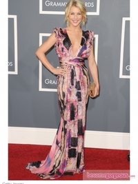 Julianne Hough in Catherine Malandrino