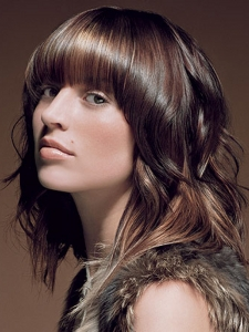 Chic Caramel Hair Highlights